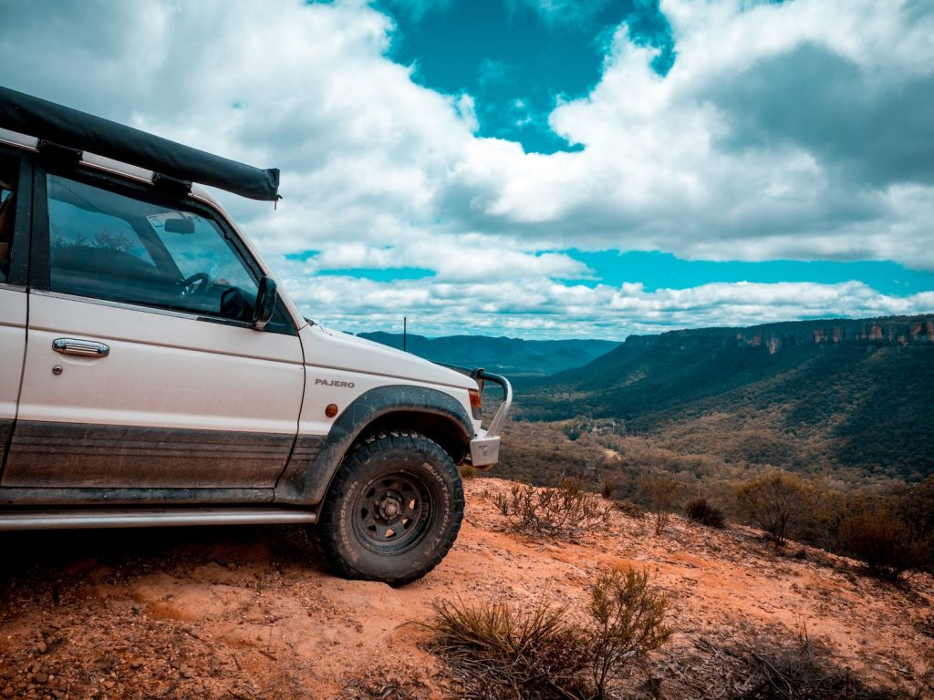 Luke mallinson, pajero, wolgan valley, 4wd, view, valley, blue mountains, how to prepare your car for a summer road trip