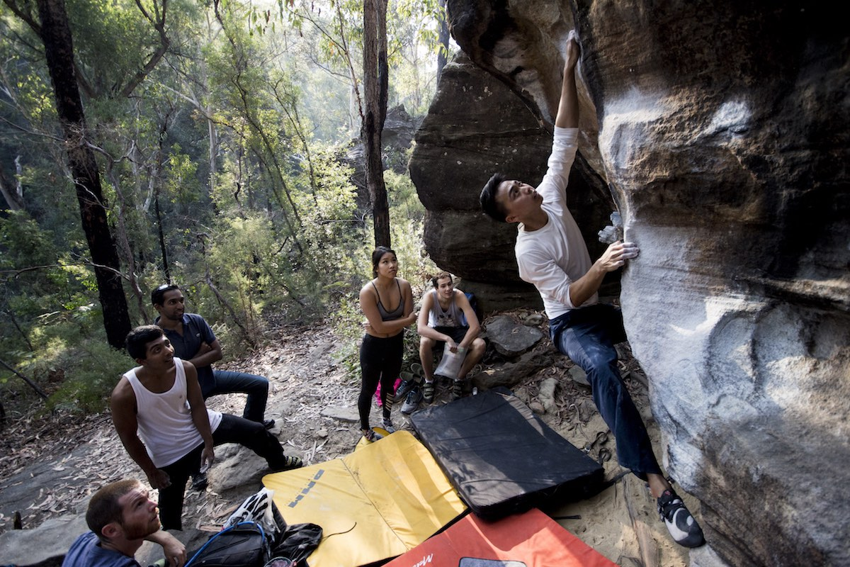 aron hailey, attack of the gimps, bouldering, crowd, types of rock climbing, send, chalk