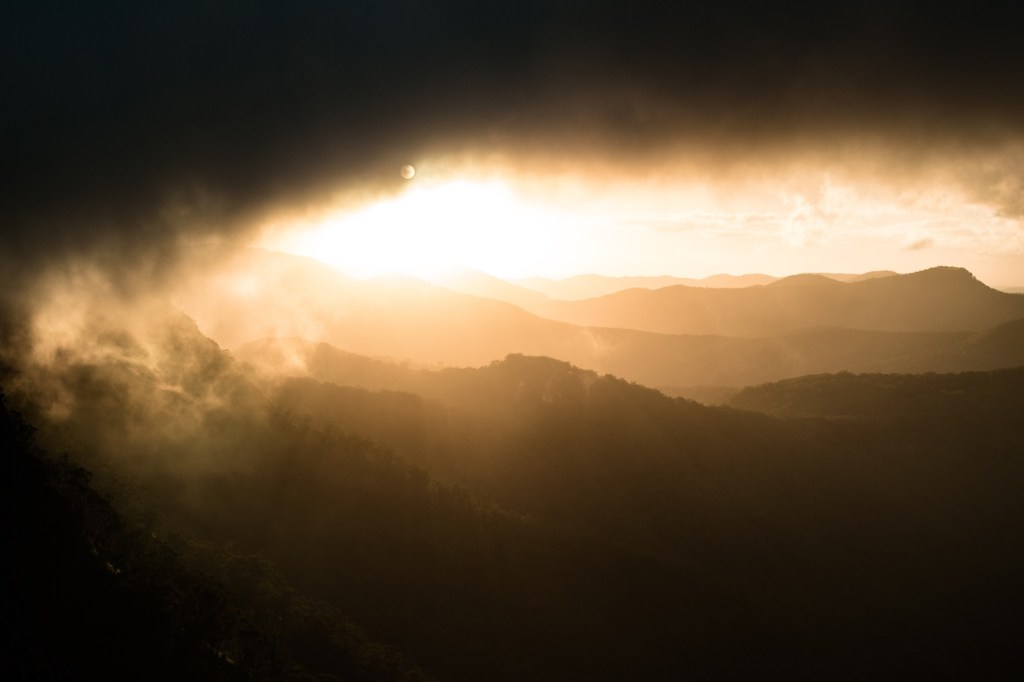 Lander Cairn Lantern // Gear Review, Dan Parkes, Sunset toward Emu Vale, storm clouds, sunlight, beautiful, diffused, mountains