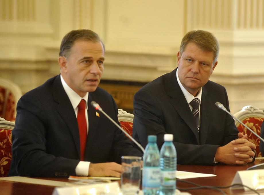 Geoana: Iohannis sa-si aleaga 15 ministri; in zona de program economic am o  viziune mai