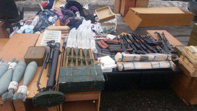 Переговорщик Рубан задержан, когда пытался вывезти из ДНР оружие и боеприпасы, - Громадське радіо 05
