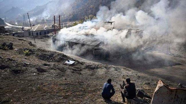 Вірмени спалили село Чарактар у Карабасі, але Азербайджан його так і не зайняв 01