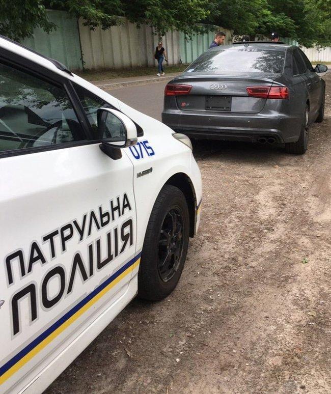 Водії в Києві знімають номерні знаки, щоб уникнути фіксації камерами за перевищення швидкості 01