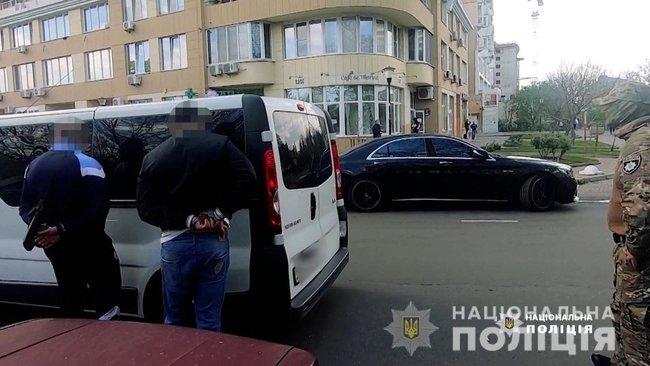 Одесситы выкрали киевлянина и требовали у него более $400 тыс., их задержали, - полиция 03