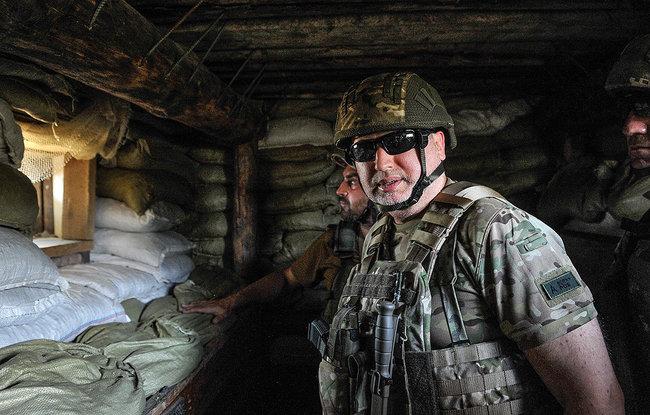 Якщо Зеленський ухвалить рішення наступати на Крим - я буду в перших лавах штурмового батальйону, - Олександр Турчинов 03