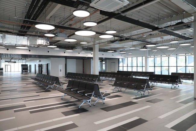 Новый терминал аэропорта Запорожья достроен, - мэр Буряк 11
