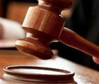 Дело о госизмене Януковича: суд утвердил для допроса 16 свидетелей защиты, включая Азарова и пострадавших крымчан