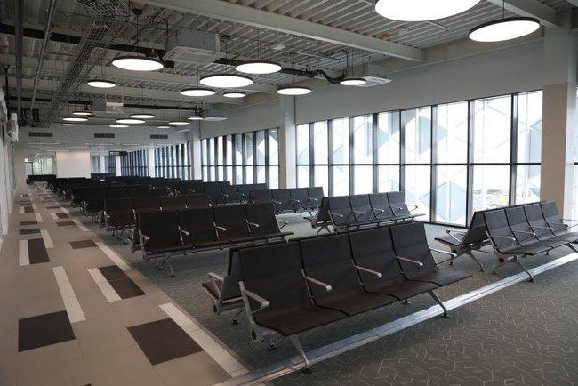 Новый терминал аэропорта Запорожья достроен, - мэр Буряк 12