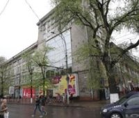 Порошенко продал торговый центр в Молдове своему партнеру