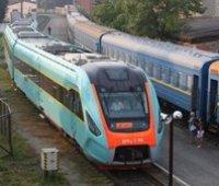 """""""Укрзализныця"""" с третьей попытки закупила шесть дизель-поездов за 1 миллиард"""