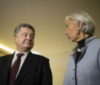 Украина получит транш МВФ после принятия в мае закона об Антикоррупционном суде, – Порошенко