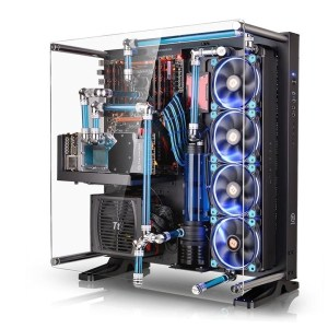 Kase Mid Tower Thermaltake Black Core