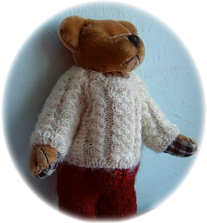 Pattern for teddy Aran jumper – Buttercup Miniatures