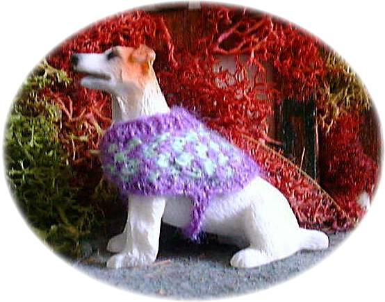 Pattern for a dolls house dog coat