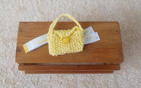 knitted hndbag