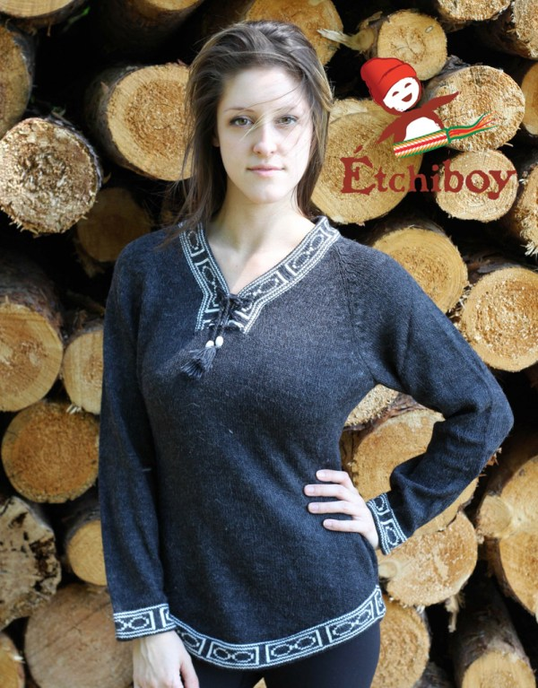 Charcoal Sweater Chandail Charbon 1
