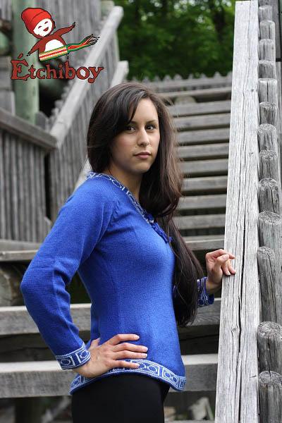 Blue Sweater Chandail Bleu 2