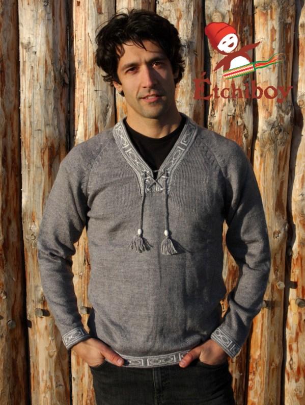 Grey Sweater Chandail Gris Unisex 1
