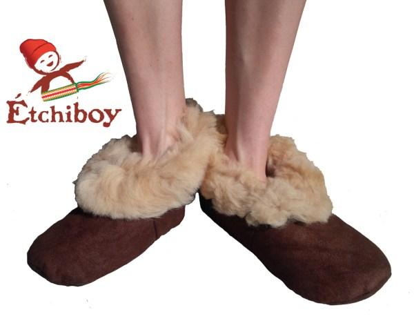 Brown Trim Adult Slippers Pantoufles Bordure Brune Pour Adultes 4