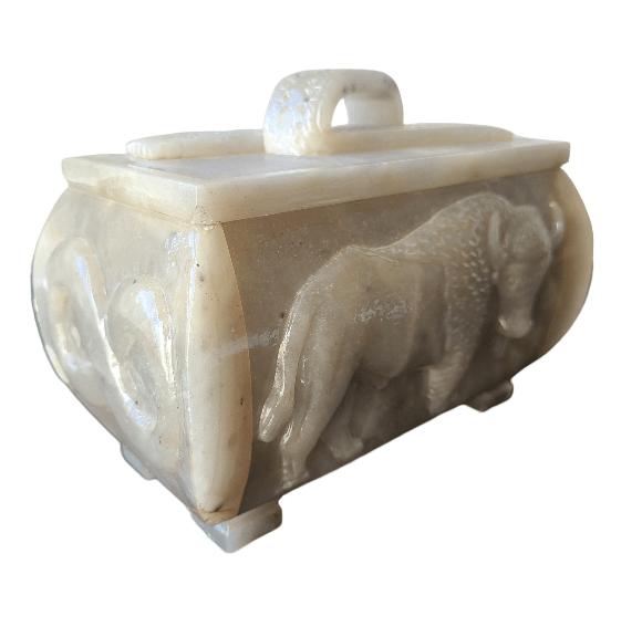 Étchiboy Carved Metis Box Coffre Métis Gravé 8