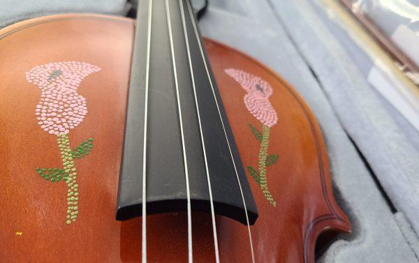 Fiddle With Metis Beadwork Design Violon Avec Dessin de Perlage Métis - Pattern/Modèle -18 2