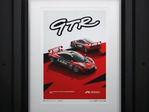 McLaren F1 GTR - Team LARK - 1996   Limited Edition image 2 on GreatBritishMotorShows.com