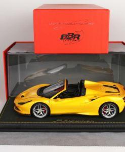 BBR 118 Ferrari F8 Tribute Spider Giallo Tristrato vetrina 1 1
