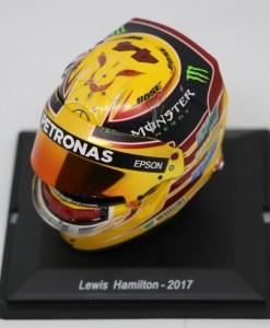 Spark 15 Mini Helmet Lewis Hamilton Mercedes 2017 Die Cast 4