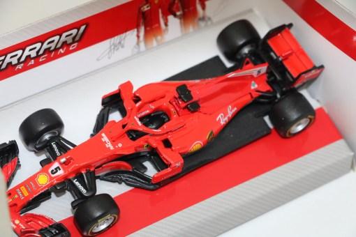 Bburago 143 Ferrari SF71HS. Vettel 2018 N.5 1