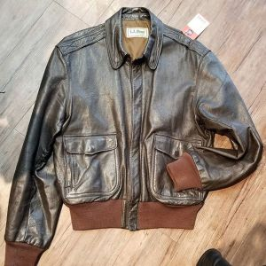 LL BEAN Leather Flying Tiger JACKET 19386 ( Size 40 )