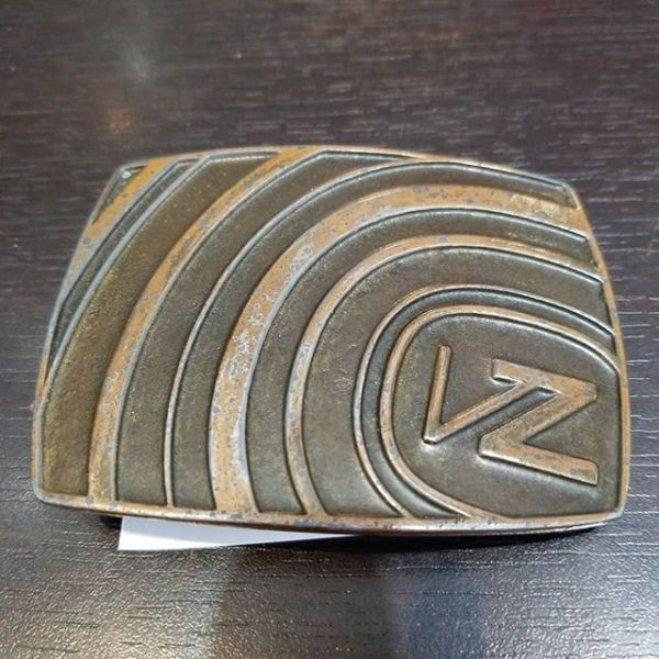 VON ZIPPER Metal BELT BUCKLE ACCESSORY 21917 ( Size med )