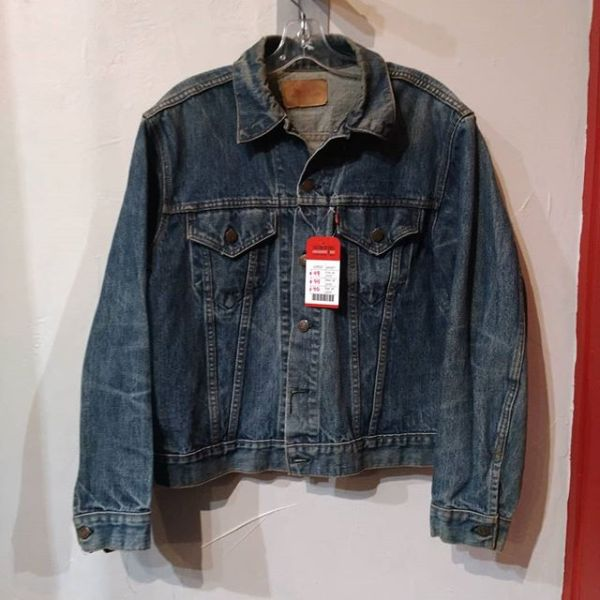 LEVI Denim Trucker JACKET 22937 ( Size 42 M Med )