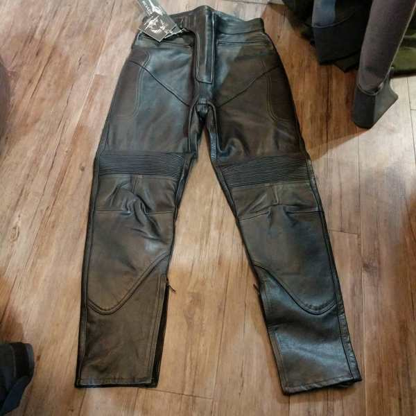 ROADKROME Leather Riding PANTS 23403 ( Size 30w 40 hip )