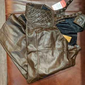 DROSPO Leather Taurus CHAPS | 25989