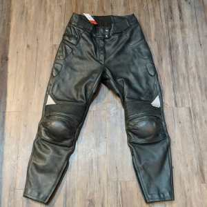 FIRSTGEAR Stealth Pilot Leather PANTS   26293