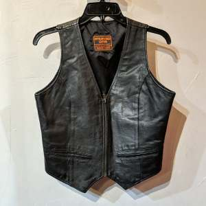 ANTELOPE CREEK Fitted Leather VEST | 26574