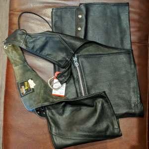 BRISTOL Classic Leather CHAPS   26581