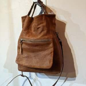 J CREW BUCKET Leather BAGGAGE | 26632