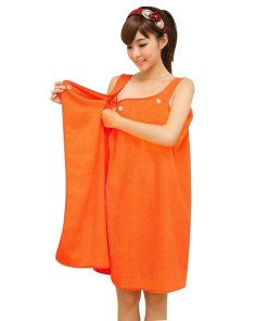 Wearable microfiber bath towel