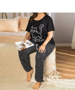 Plus Size Women's Cat Themed Pajamas