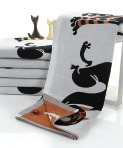 Geometric Cat Pattern Bath Towel Pure Cotton