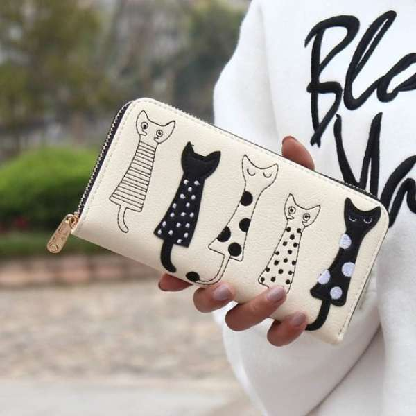 Luxury Cat Design Long Wallet White