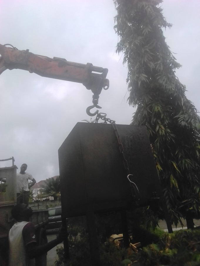 Self loader truck Hiab For Hire At Reduced Price In Lagos