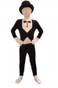 Halloween 2015 - Boy in tuxedo suit