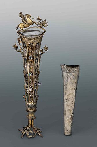 """Reliquario del braccio di San Giorgio (foto """"The Guardian"""")"""