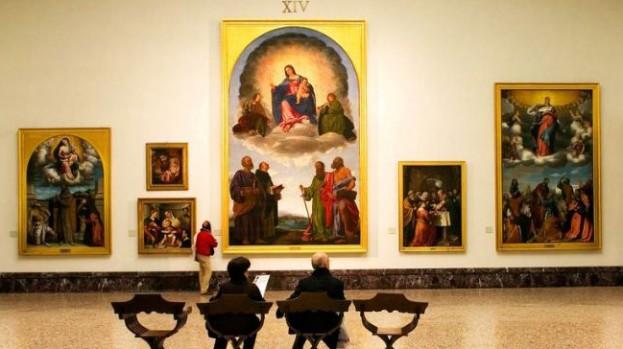 """Il """"Cristo portacroce"""" di Romanino esposto nella sala XIV della Pinacoteca di Brera (foto via inzumi.com)"""