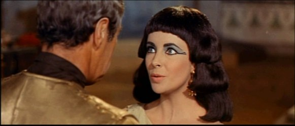 1963_Cleopatra_trailer_screenshot_(35)