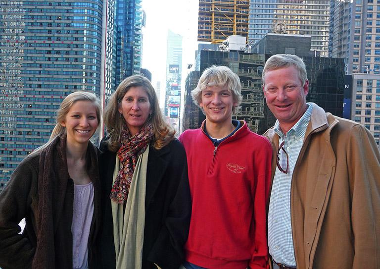 Rooke-Family-in-NY