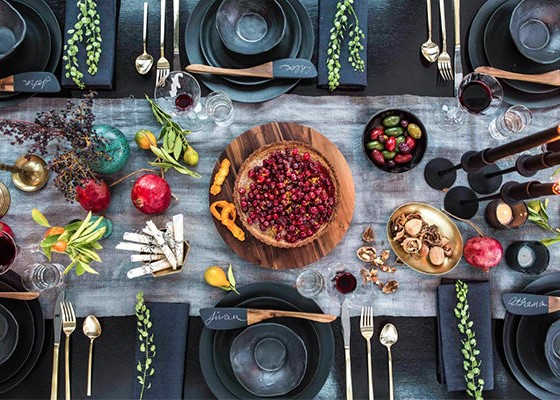 holiday-table-settings (unexp)