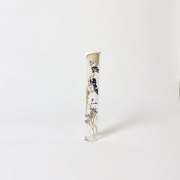 Vintage Tube with Dried Flowers | Esperanza White